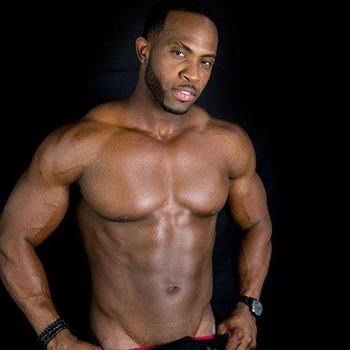 donkere mannelijke stripper El Grande huren
