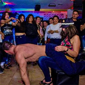 politie stripper voor een verjaardag huren